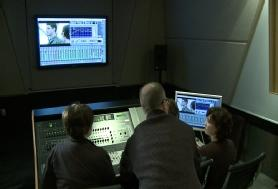 Prof. Jay Needham teaches audio arts class